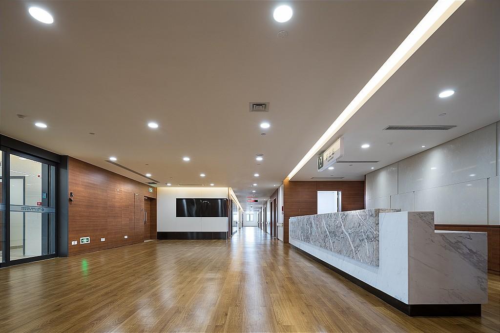 医院-广西柳州市工人医院西院门诊住院综合楼